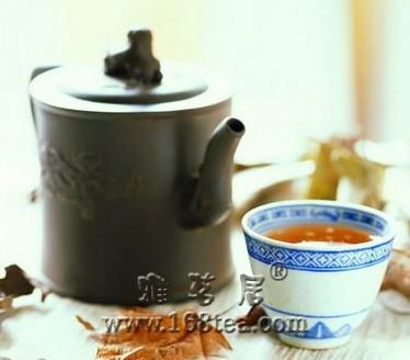 """中草药当茶饮成""""食""""尚 并非人人都适合"""