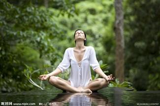 另类瑜伽的瘦身方法