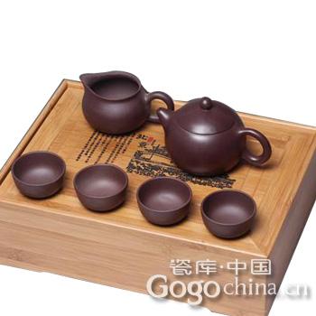 古玩拍卖紫砂茶具最受欢迎