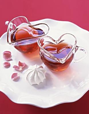 夏季防皮肤衰老 美容茶配方大放送