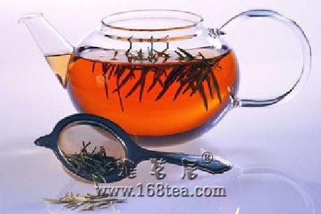 夏日多饮清凉茶 消脂降火避肥胖