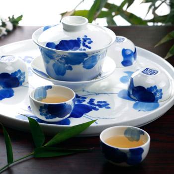 黄小玲代表:应建立国家级中国陶瓷馆