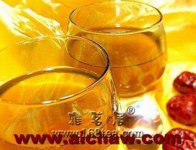 如何自制蜂蜜大枣茶