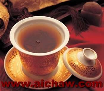 清热养颜的几种茶饮料