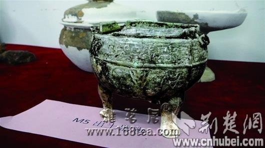 大冶发现我国首个矿冶古墓群 出土袖珍铜鼎(图)