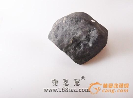 老坑乌鸦皮高冰种翡翠原石现身中国唐朝推荐会引起各投资者的关注