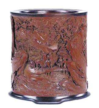 拍卖市场,不同年代陶瓷笔筒身价悬殊