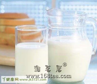 喝牛奶需要了解的健康知识