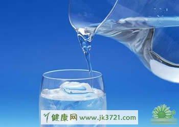 健康饮食不能喝的水