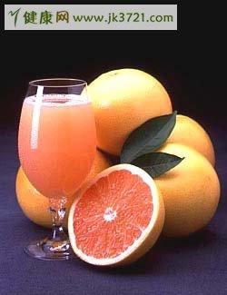 越新鲜的果汁越营养