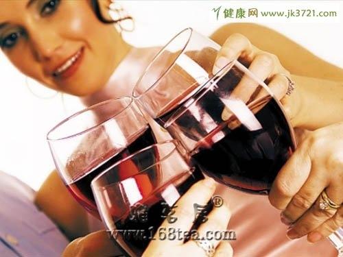 喝酒时最好别吃得菜