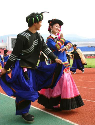介绍凉山彝族的婚姻习俗