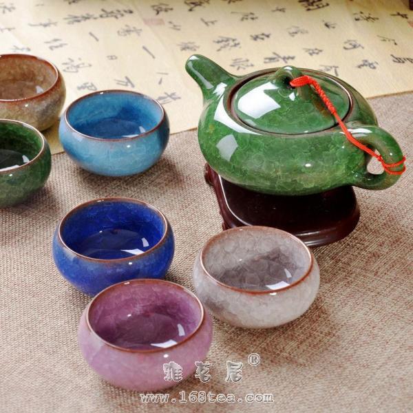 冰裂釉茶具介绍 陶瓷茶具