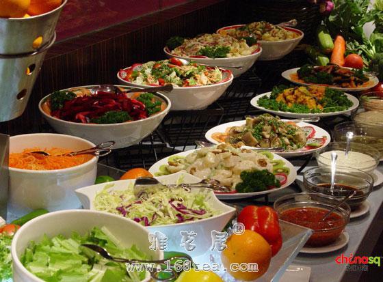 如何健康吃自助餐