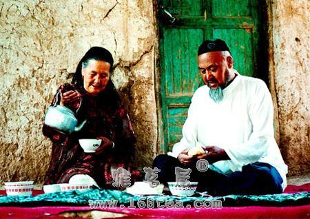 维吾尔族的茶礼