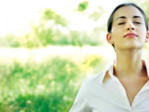 呼吸冥想:放松与微笑