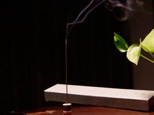 如何用线香品玩香道|香道入门