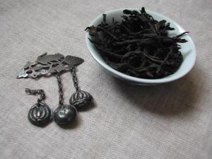 老枞水仙品茶图片