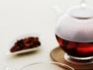高清红茶茶汤图片