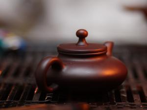 雅茗居精美烛光品茶茶图